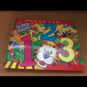 Other - ‼️PRE-OWNED‼️Children's Pop-Up Book 📔